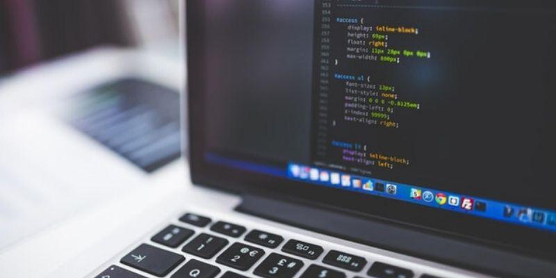 Site Personalizado ou Construtor de Sites?