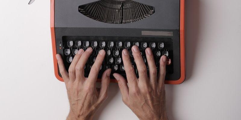 Quanto ganha um copywriter